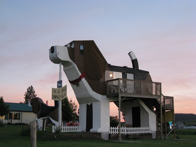 Dog Bark Inn