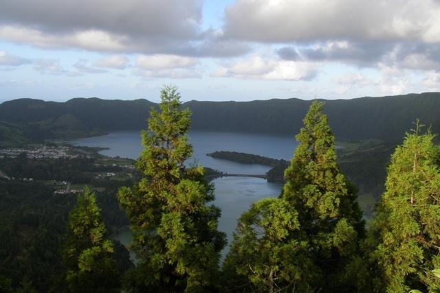 Lago Azul & Lagoa Verde