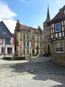 Melchior-Otto-Platz mit Stadt-Pfarrkirche St. Johannes